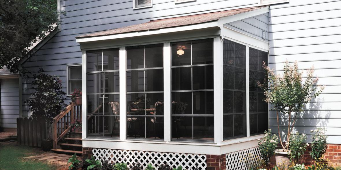 3 Season Vinyl Glazed Patio Room Image