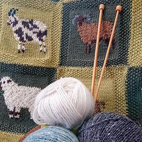 knitting 01.JPG