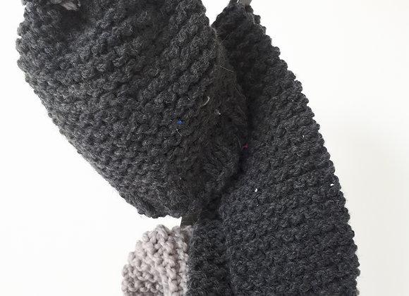 Tuque et foulard en lainage gris