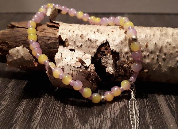 Bracelet perlé plume argentée