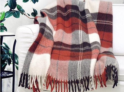 Пледы шерсть KLIPPAN SAULE(Латвия)