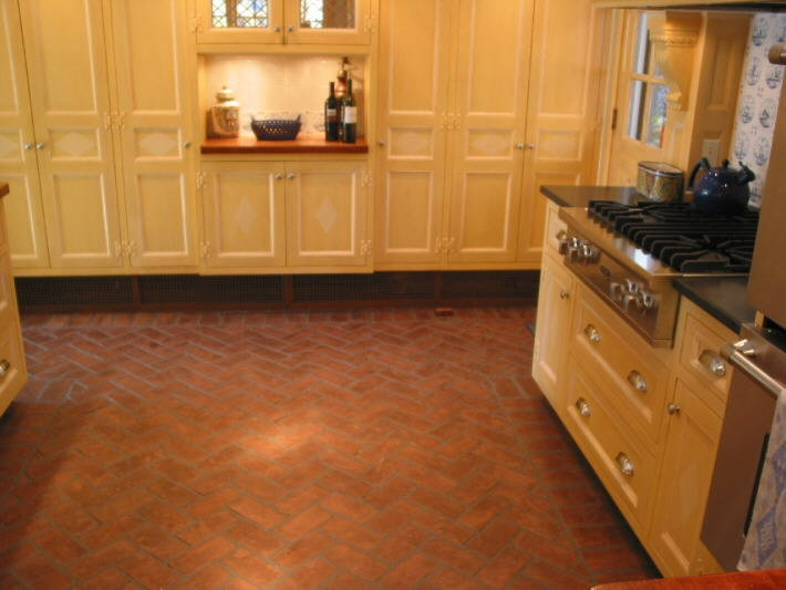 Acadian Herringbone Brick floor in Kitch