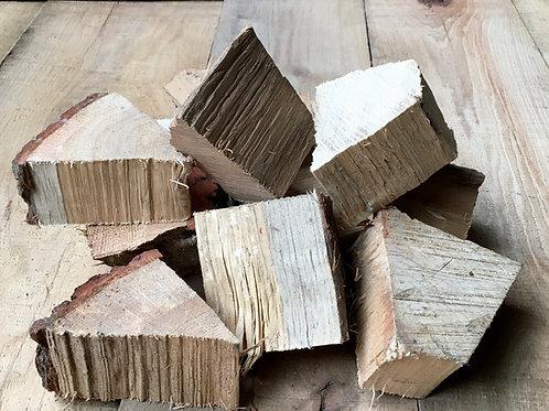 1.5 Kg Oak Chunks