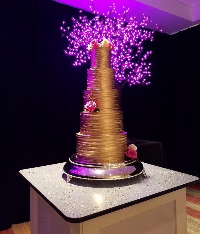 GK Golden Cake