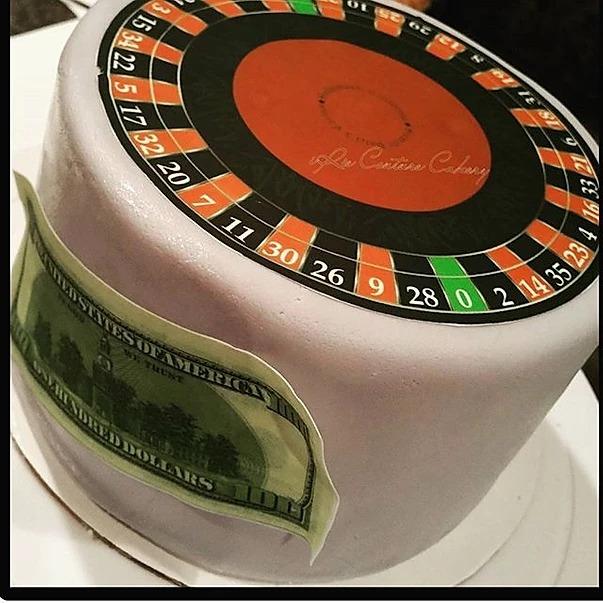 GK Roulette Cake