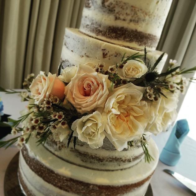 GK Beautiful Cake