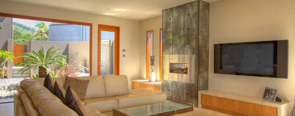 Lounge Open Doors 83.jpg