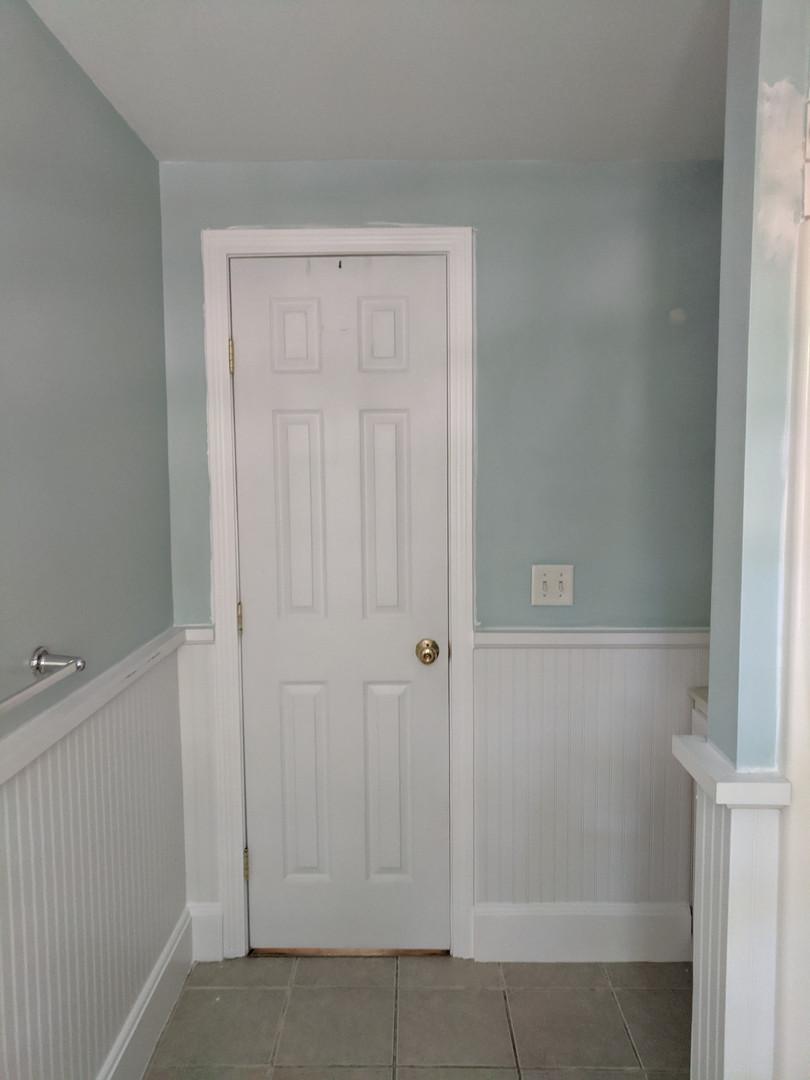 bathroom before5