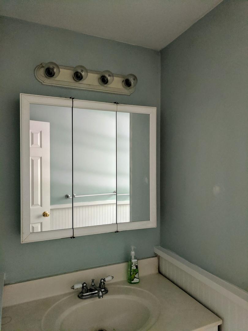 bathroom before7