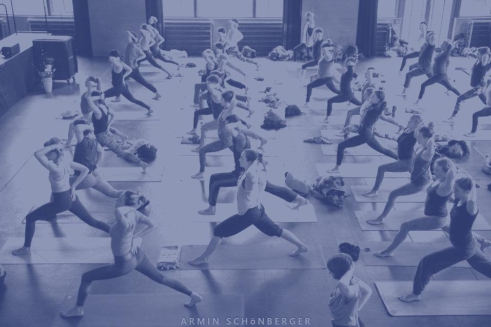goodvibesyogafest_yoga_gross_edited.jpg
