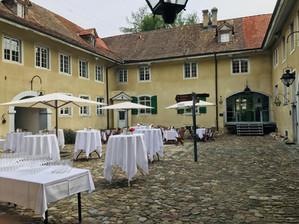Innenhof Hochzeit.jpg