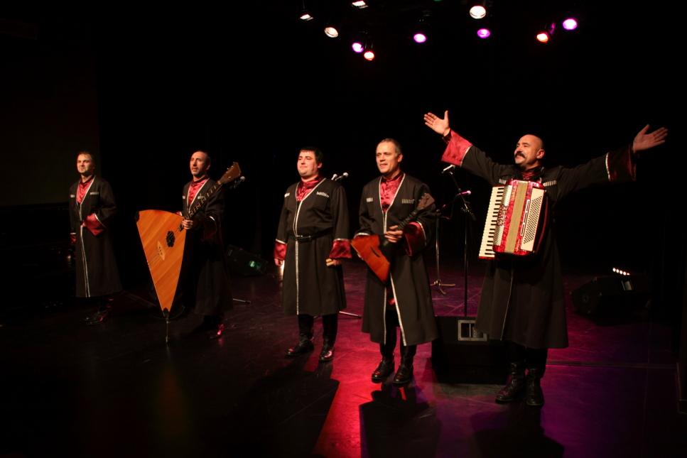 photo Ensemble Kouban voix cosaques-bd2