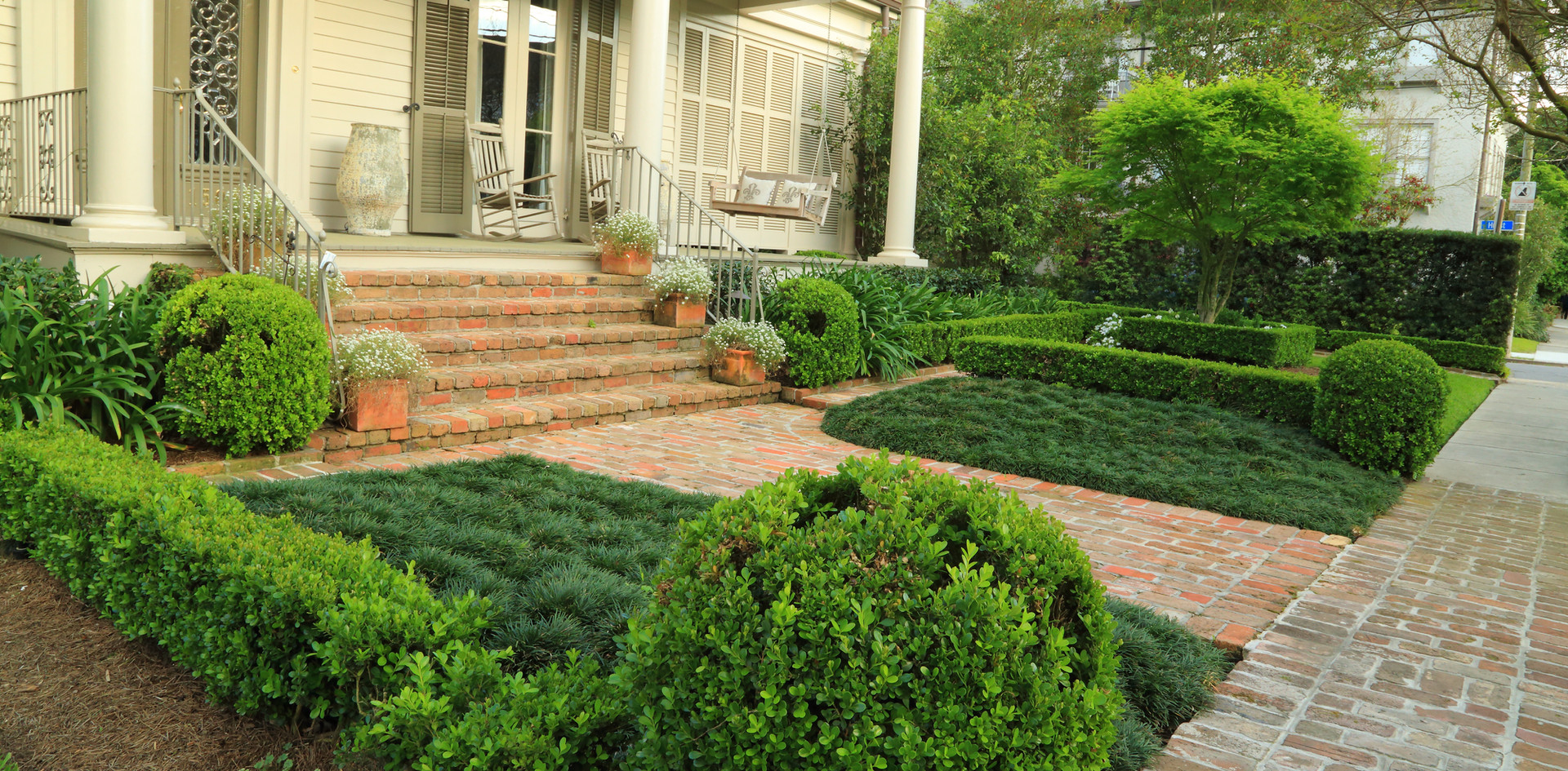 Landscape Installation and Maintenance