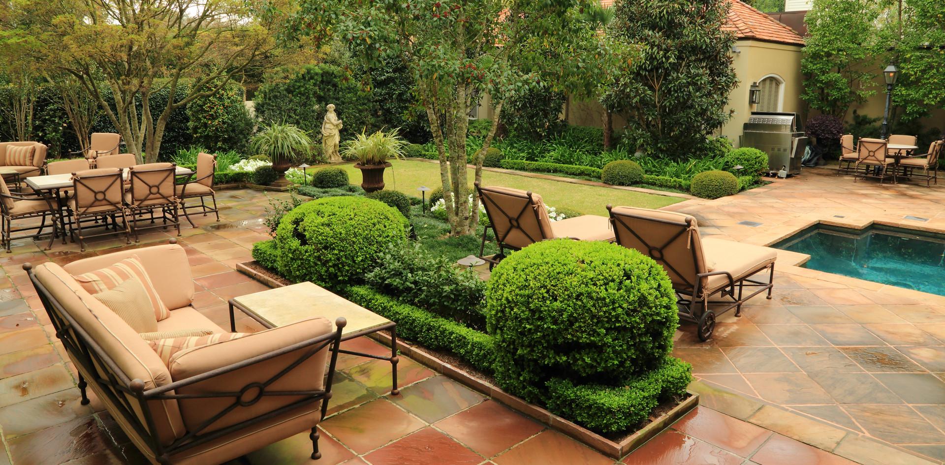 Backyard Patio and Garden Design