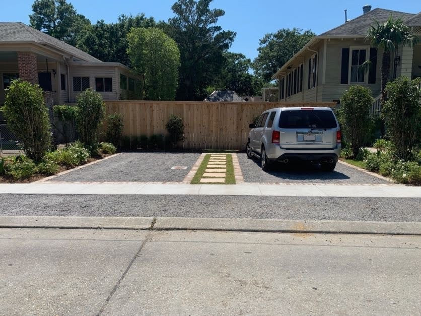 Permeable driveway with pavers