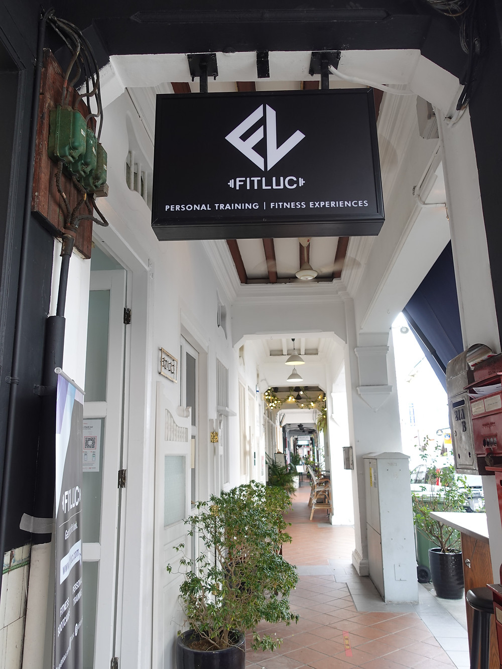 fitluc entrance signage