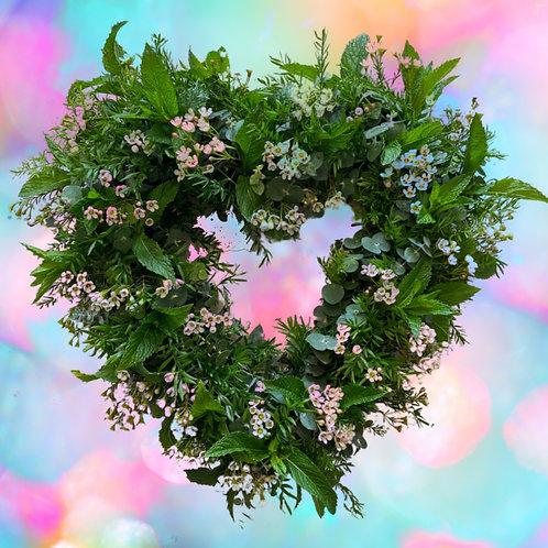 """Lush Greens Open Heart 15"""""""
