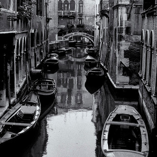 Gerard Giliberti_Venice Canel_14x21.jpg