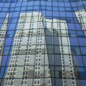 Betsy Pinover Schiff, City Reflected,13x