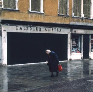 Gerard Giliberti The Red Bag, Venice_14x
