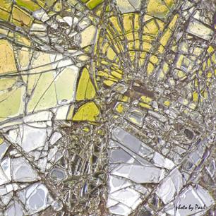 Paul Demspey - Fracture - 20x20 - dye su