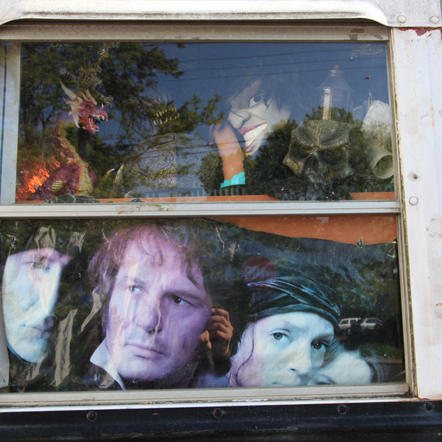 Gerard Giliberti-Faces on a Bus_8x12inch