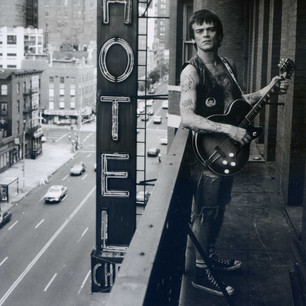 Keith Green Dee Dee on Balcony058.jpg
