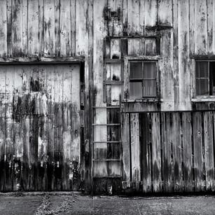 Gerard Giliberti-Old Barn Wall_21x14.jpg