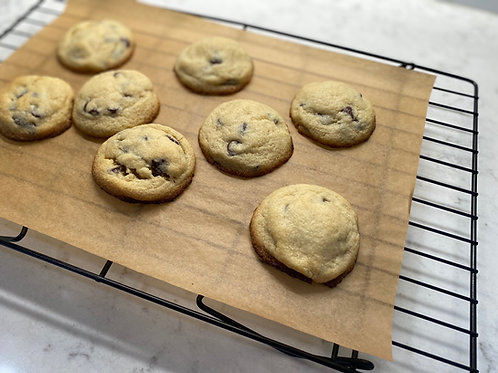 Keto Chocolate Chip Cookies (7)