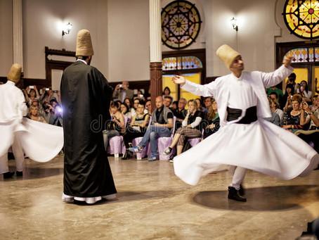 A incrível dança rodopiante dos Dervixes