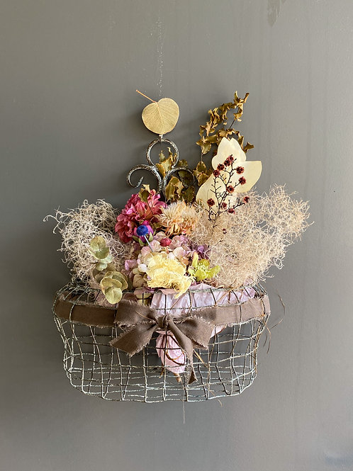 iron basket & bouquet (brown ribbon)
