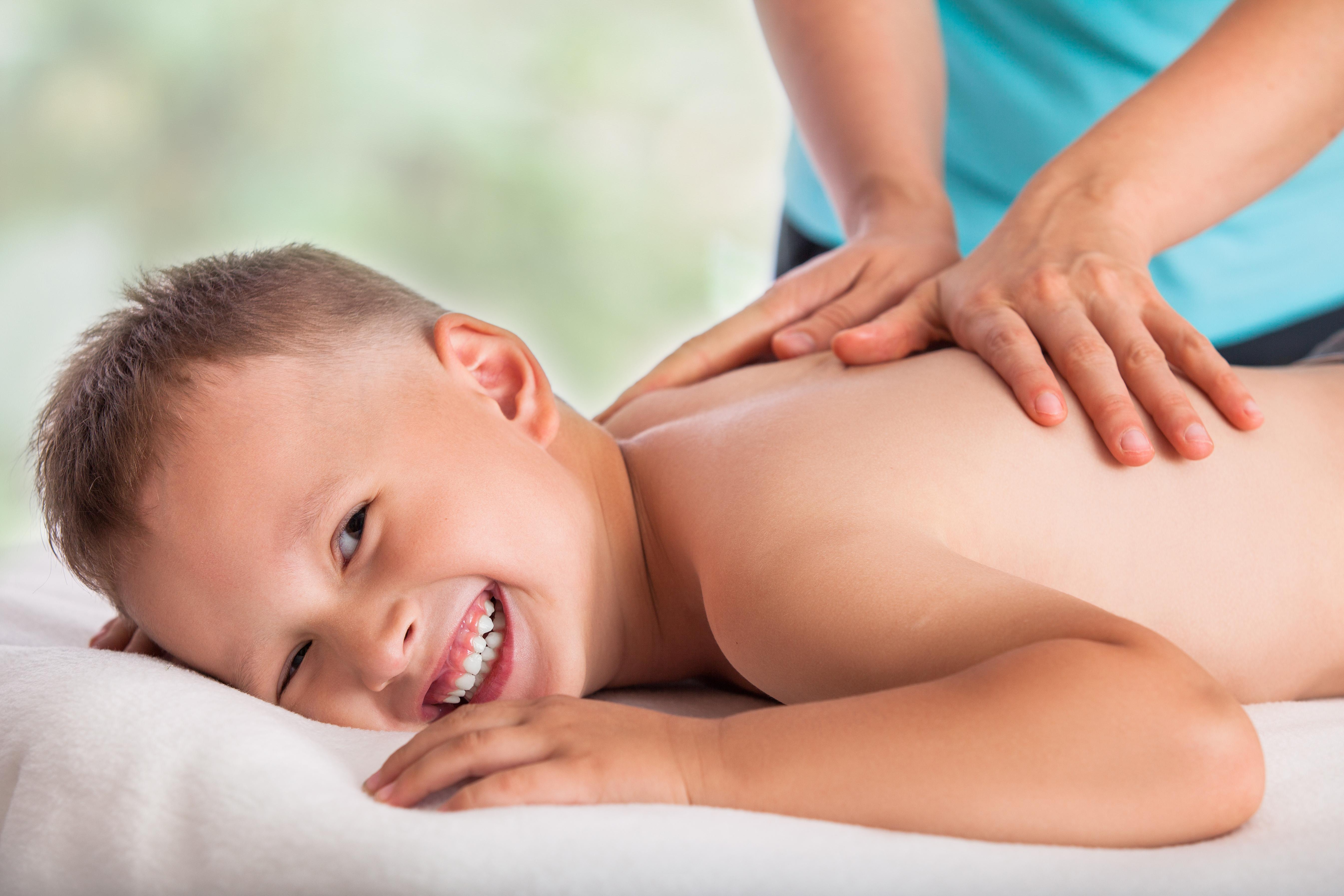 Massagetherapie für Kinder/Teens/Jugendl