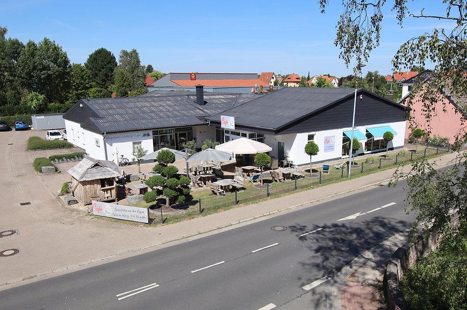 2020-08-Blume-1000-Archiv-www-hochundbil