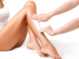 Woman-Having-Her-Legs-Waxed.jpg