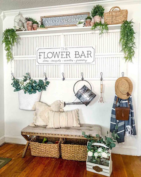 Summer-decor.-flower-bar.jpg