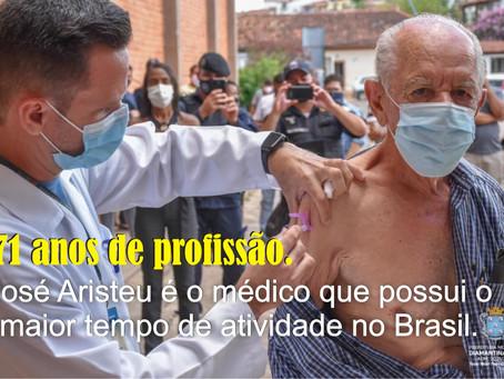 DIAMANTINA – PRIMEIRAS DOSES DA VACINA SÃO APLICADAS.