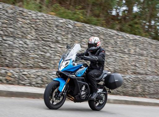 Contacto CF Moto MT 650 Adventure