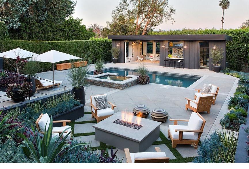 studio-lifestyle-poolhouse-2-2048x2048-c
