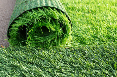 Why Most People Are Opting For Synthetic Landscape Turf