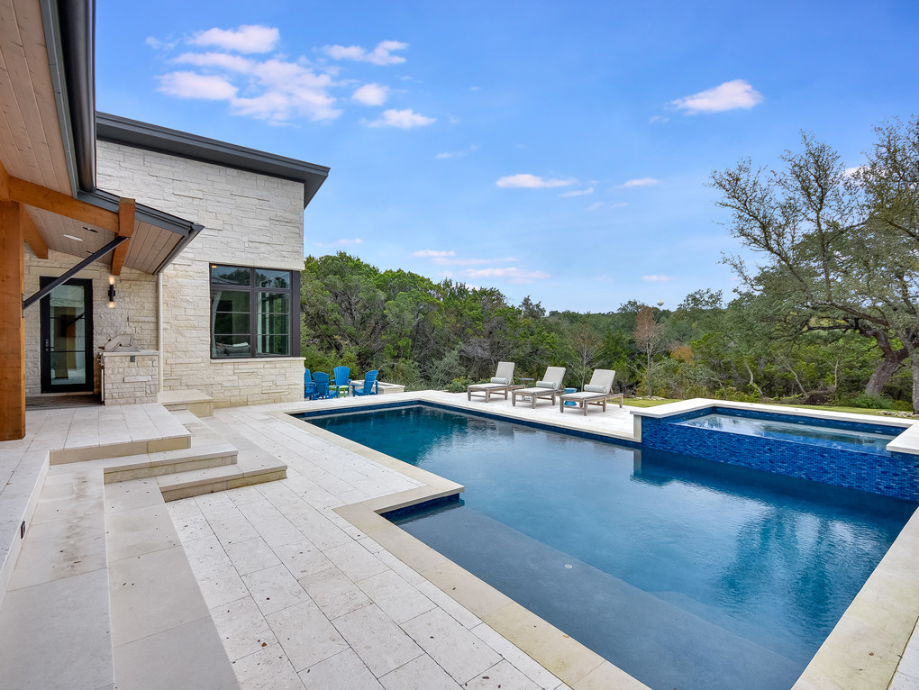 025_Patio-Pool.jpg
