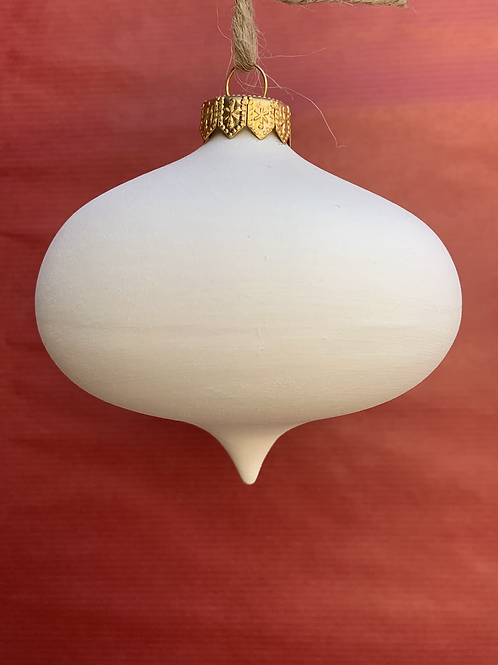Oval bauble