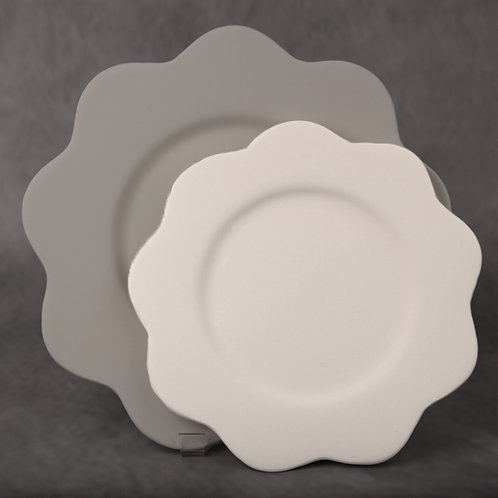 Wavy edge plate