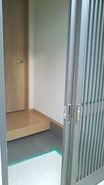 玄関ドア.JPG