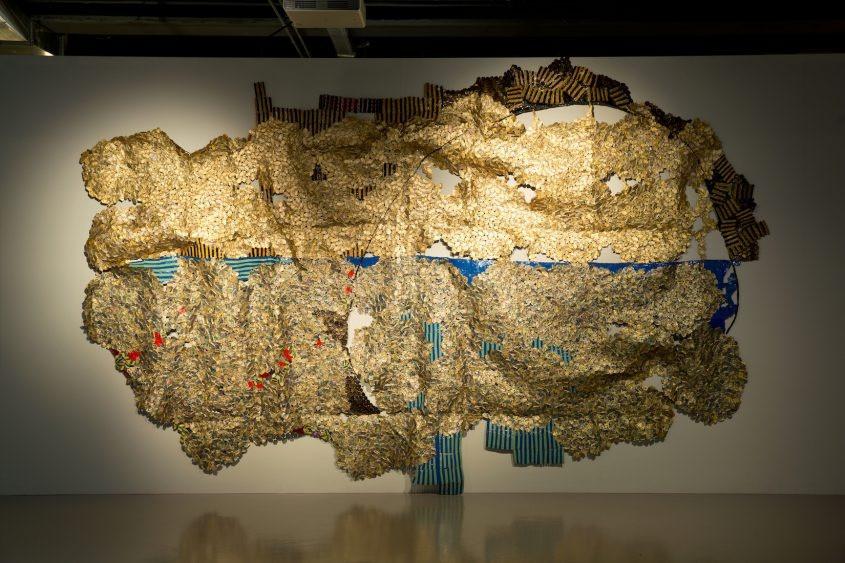 El Anatsui est l'une des grandes figures de l'art contemporain africain.