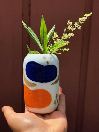 Bean Vase by Zoe Kaplan