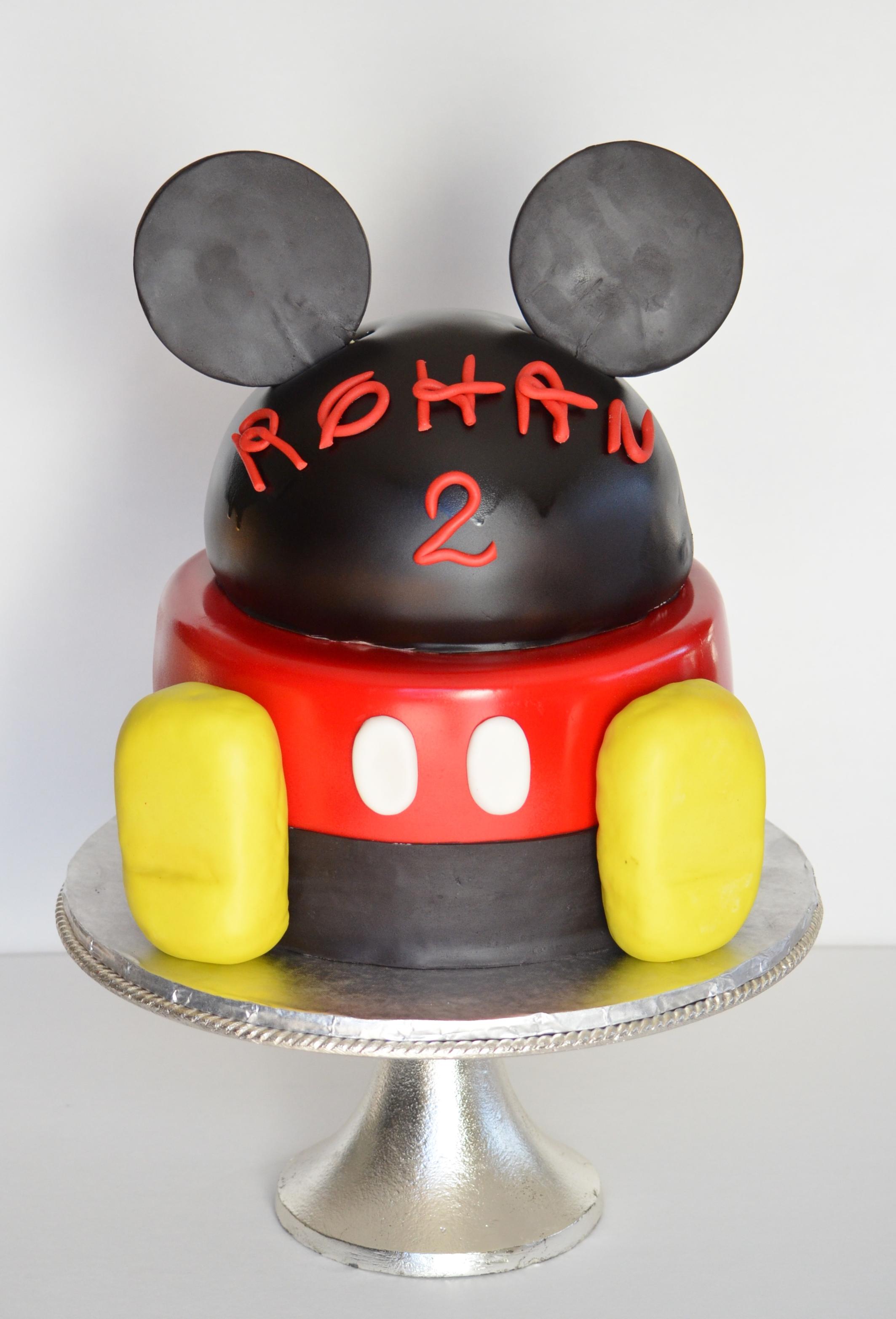 Mickey Feet cake