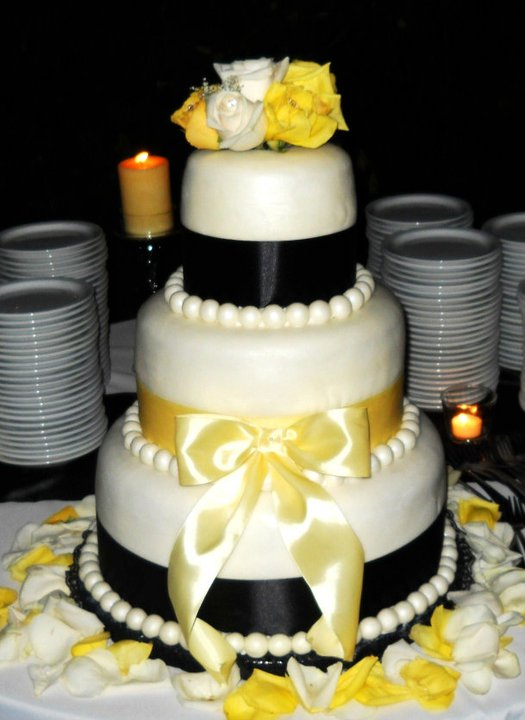 9th_ Angela's wedding cake