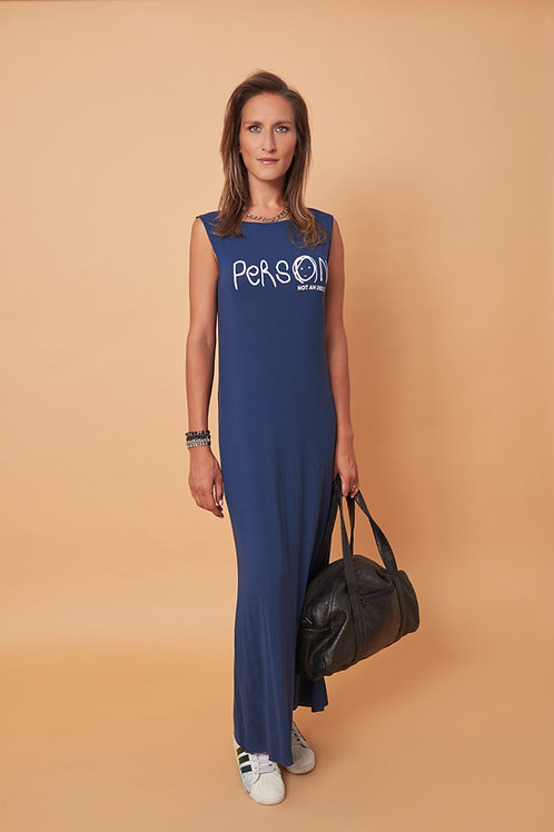 שמלת מקסי ללא שרוולים בצבע כחול נייבי