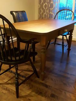 Table en pin (début 1900)