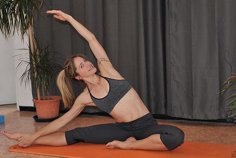 Yoga vinyasa dynamique stefitrainer Sain